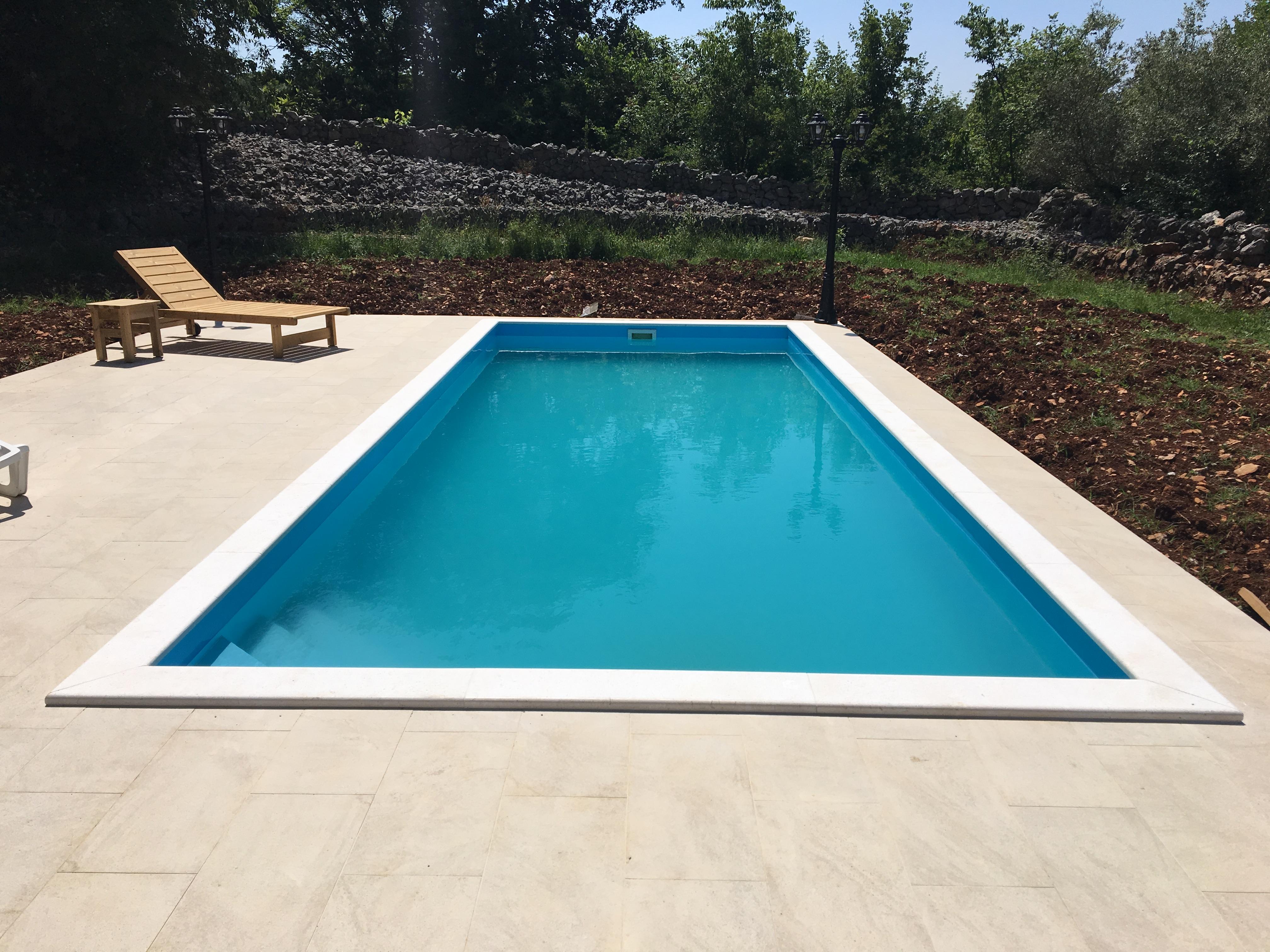AKCIA bazén