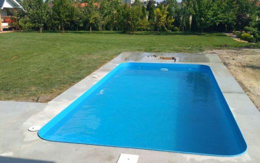 Bazén na komplet