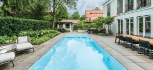 Bazén INVISIBLE