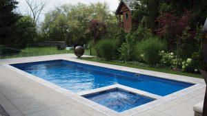 Bazén s vírivkou