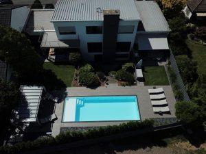 Biely bazén s ležadlom RELAX